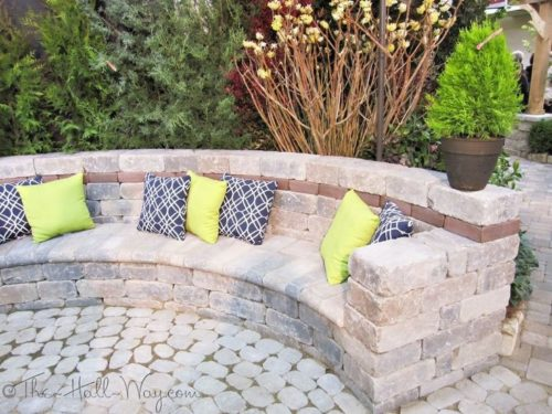 Paver Patio & SeatPation &-min